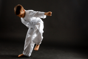 one hand karate 310x207 - 5 tips to Turn Weakness into Strength